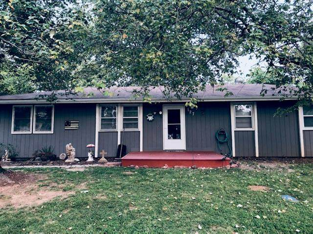 127 Ridgeway Drive, Excelsior Springs, MO 64024 (#2343650) :: The Rucker Group