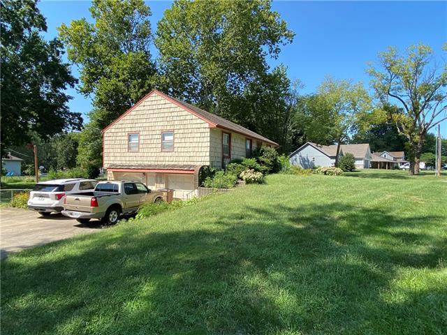 500 S Washington Street, Raymore, MO 64083 (#2343775) :: Team Real Estate