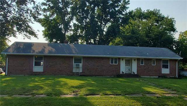 207 S State Route F Highway, Garden City, MO 64747 (#2343796) :: Five-Star Homes