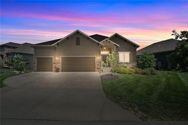 22208 W 121st Street, Olathe, KS 66061 (#2343807) :: Eric Craig Real Estate Team