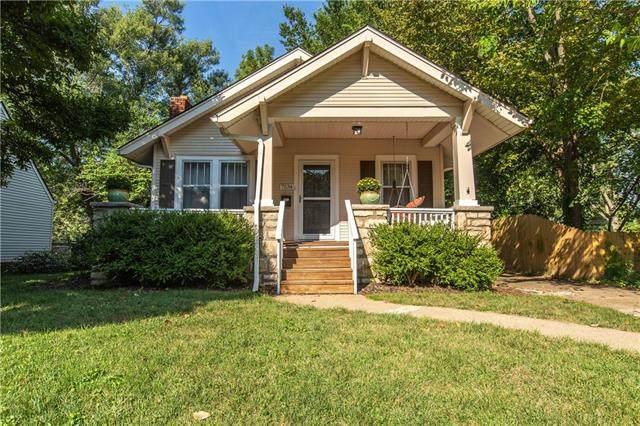 7534 Oak Street, Kansas City, MO 64114 (#2343992) :: The Shannon Lyon Group - ReeceNichols