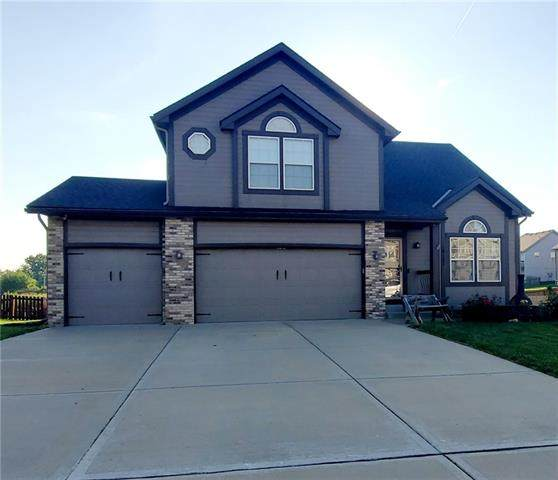 10127 N Lewis Avenue, Kansas City, MO 64157 (#2344005) :: Tradition Home Group | Compass Realty Group