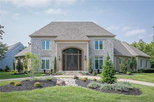 13106 Walmer Street, Overland Park, KS 66209 (#2344056) :: Austin Home Team