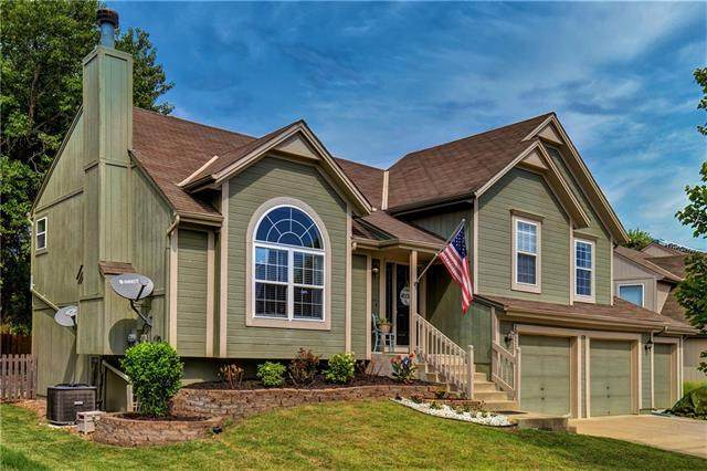20520 W 219TH Terrace, Spring Hill, KS 66083 (#2344138) :: Team Real Estate