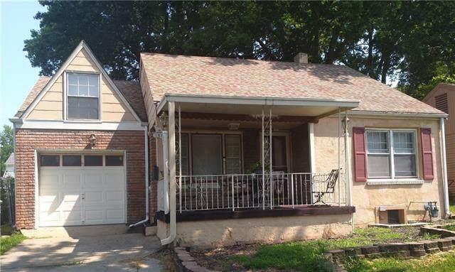 1816 E 76th Terrace, Kansas City, MO 64132 (MLS #2344160) :: Stone & Story Real Estate Group
