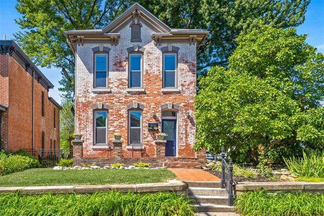 1614 Summit Street, Kansas City, MO 64108 (#2344186) :: Tradition Home Group   Compass Realty Group