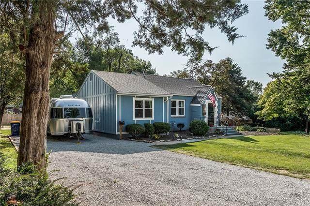 5345 Dearborn Street, Mission, KS 66202 (#2344196) :: Eric Craig Real Estate Team