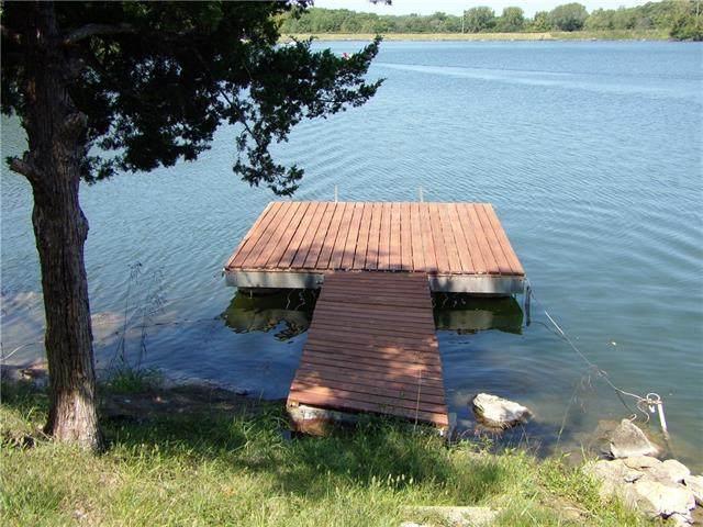 18 Plaza Point, Mound City, KS 66056 (#2344208) :: Austin Home Team