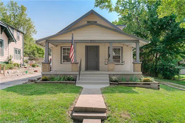 8511 Wayne Avenue, Kansas City, MO 64131 (#2344224) :: Dani Beyer Real Estate