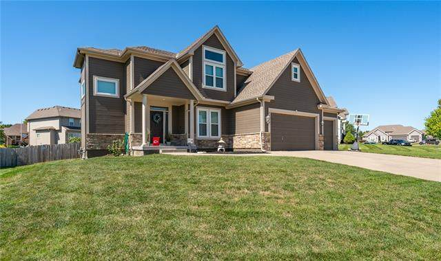 7700 Dove Avenue, Kansas City, MO 64139 (#2344320) :: Dani Beyer Real Estate