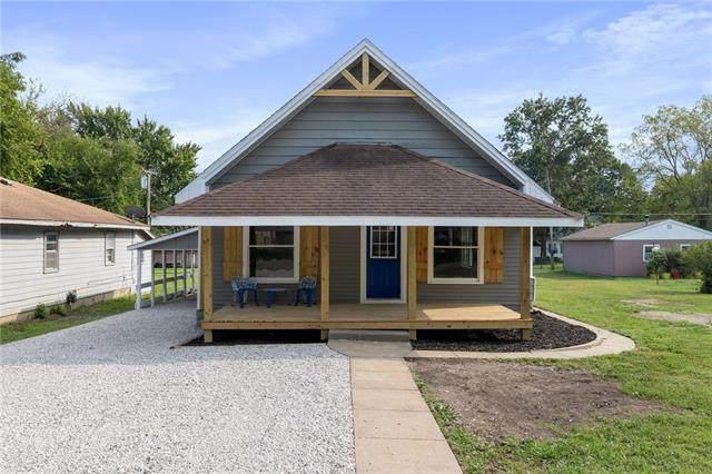414 E 1st Avenue, Garnett, KS 66032 (#2344381) :: Ron Henderson & Associates