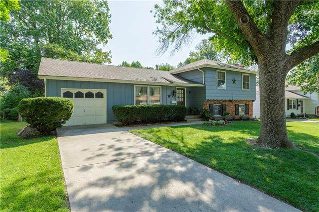 4119 S Cottage Avenue, Independence, MO 64055 (#2344405) :: Tradition Home Group | Compass Realty Group