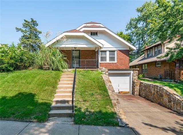 1206 W 48 Street, Kansas City, MO 64112 (#2344492) :: Ron Henderson & Associates