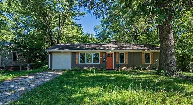 8304 E 110th Terrace, Kansas City, MO 64134 (#2344611) :: The Kedish Group at Keller Williams Realty