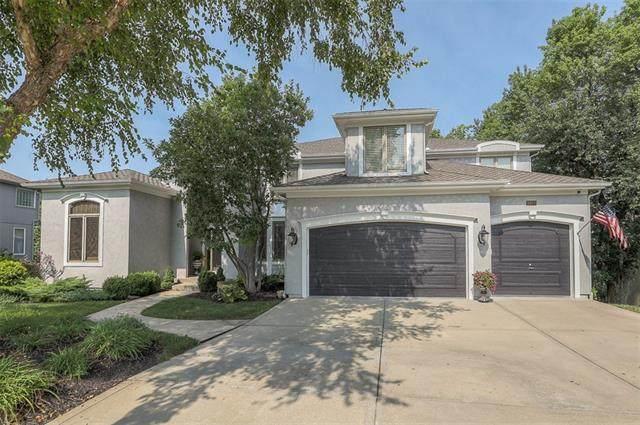 9920 Skyview Lane, Lenexa, KS 66220 (#2344620) :: Austin Home Team