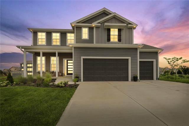 9071 Sunray Drive, Lenexa, KS 66227 (#2344646) :: Austin Home Team