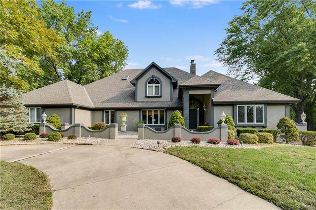 1313 NE Hilltop Drive, Blue Springs, MO 64014 (#2344684) :: Five-Star Homes