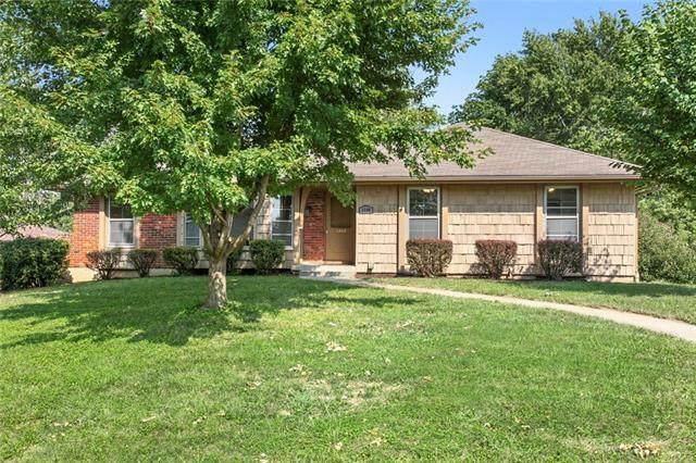 1208 16th Street, Blue Springs, MO 64015 (#2344686) :: Austin Home Team