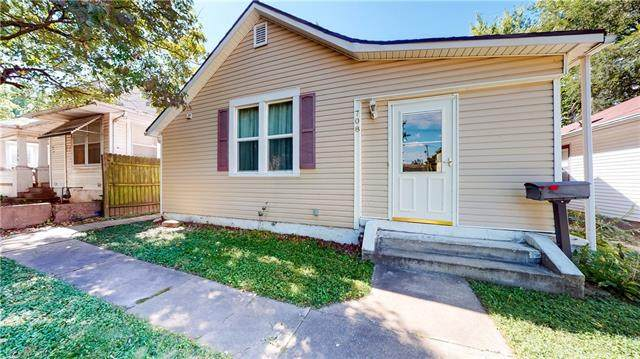 708 N 24th Street, St Joseph, MO 64506 (#2344711) :: Tradition Home Group | Compass Realty Group