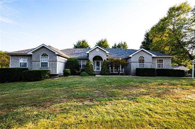 3072 Labette Terrace, Ottawa, KS 66067 (#2344804) :: Dani Beyer Real Estate