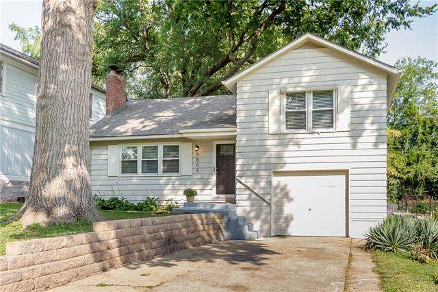 5809 Tracy Avenue, Kansas City, MO 64110 (#2344837) :: Tradition Home Group | Compass Realty Group
