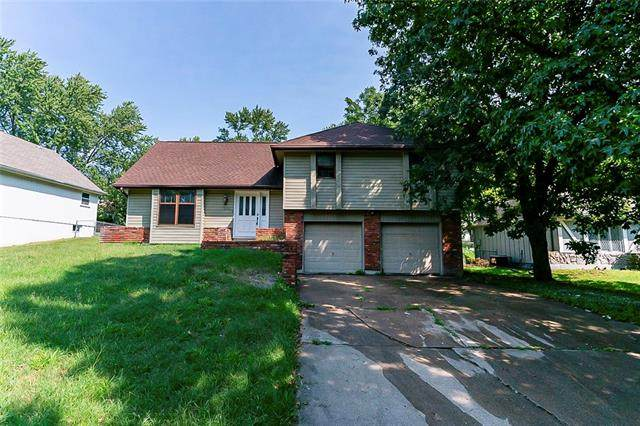 1100 NE 97th Street, Kansas City, MO 64155 (#2344851) :: Tradition Home Group | Compass Realty Group