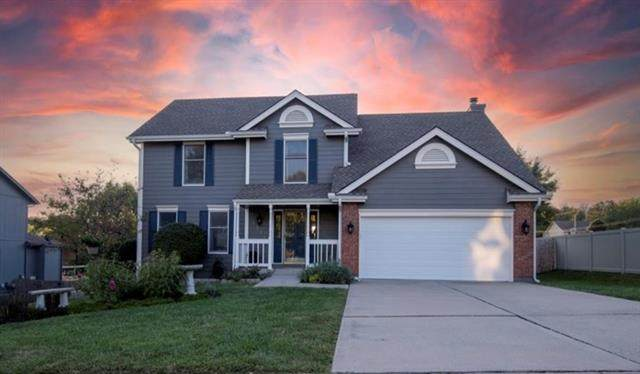 1016 NE Barnes Drive, Lee's Summit, MO 64086 (#2344879) :: Tradition Home Group | Compass Realty Group