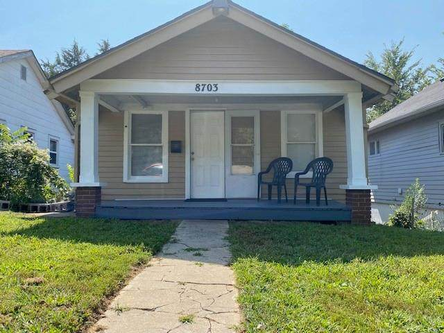 8703 E Morrell Avenue, Independence, MO 64053 (#2344890) :: Ask Cathy Marketing Group, LLC
