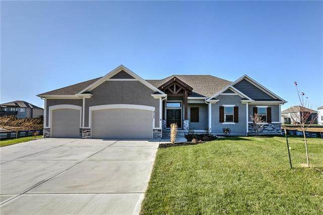 1721 SW 27th Street, Lee's Summit, MO 64082 (#2344934) :: The Shannon Lyon Group - ReeceNichols
