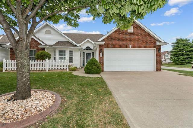 3218 Devonshire Drive, Platte City, MO 64079 (#2344988) :: The Shannon Lyon Group - ReeceNichols