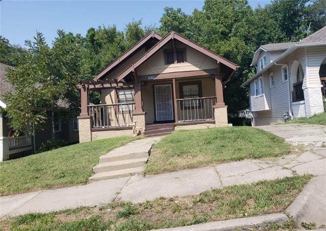 1516 E 50th Terrace, Kansas City, MO 64110 (#2345078) :: Ron Henderson & Associates