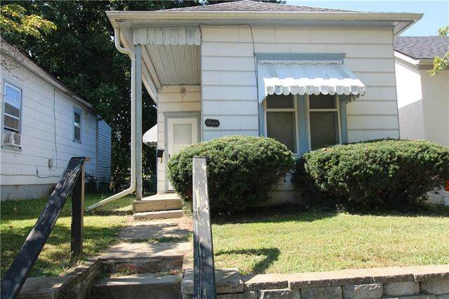 1020 N 18th Street, St Joseph, MO 64501 (#2345098) :: Eric Craig Real Estate Team