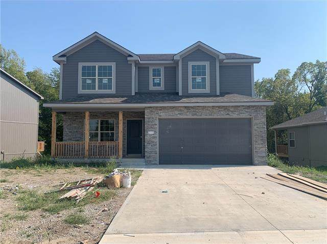 1405 8th Terrace, Oak Grove, MO 64075 (#2345137) :: Eric Craig Real Estate Team