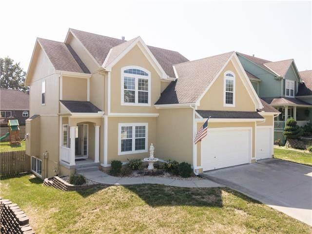 3510 NW Chapman Court, Blue Springs, MO 64015 (#2345180) :: Dani Beyer Real Estate