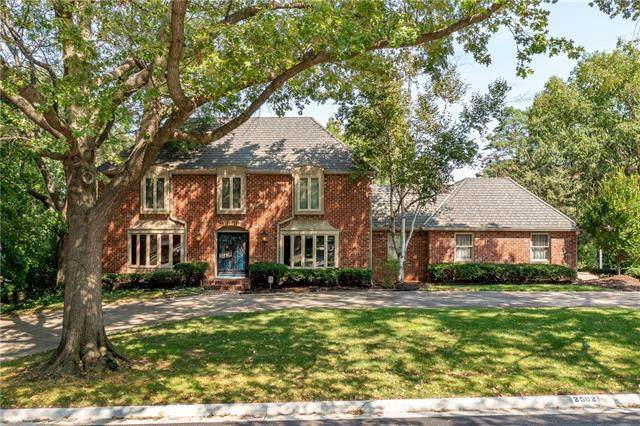 2502 W 69th Terrace, Mission Hills, KS 66208 (#2345194) :: Dani Beyer Real Estate