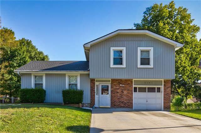 5343 Locust Lane, Kansas City, KS 66106 (#2345230) :: Tradition Home Group   Compass Realty Group