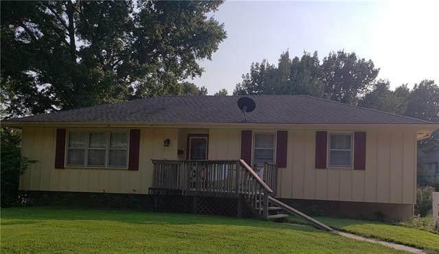 18001 E Redwood Drive E, Independence, MO 64056 (#2345280) :: Eric Craig Real Estate Team