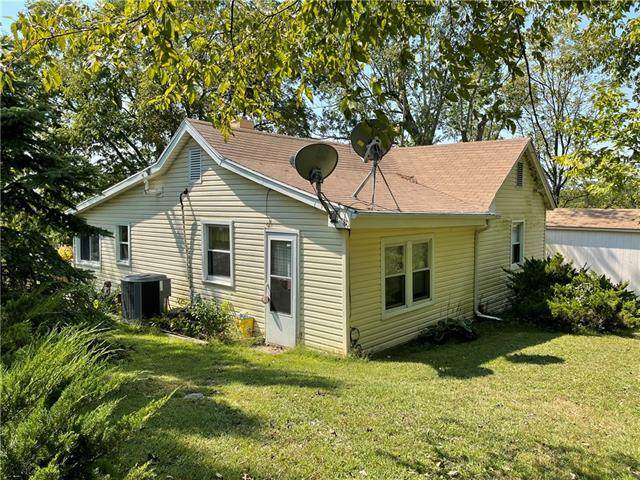 30975 W 124th Street, Excelsior Springs, MO 64024 (#2345307) :: The Rucker Group