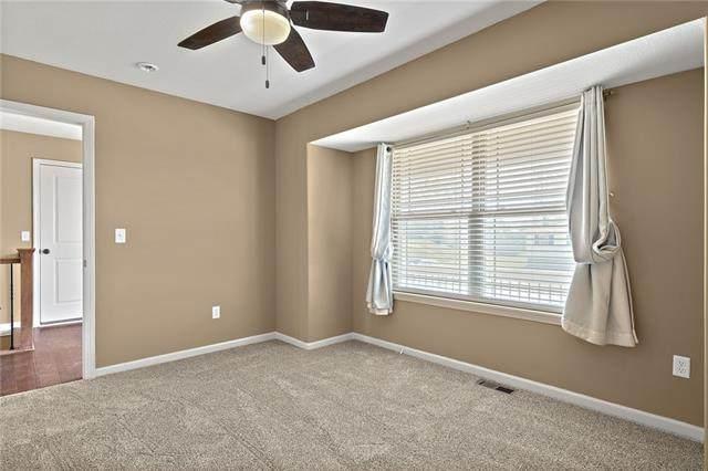 3416 NE 85th Terrace, Kansas City, MO 64156 (#2345395) :: The Shannon Lyon Group - ReeceNichols