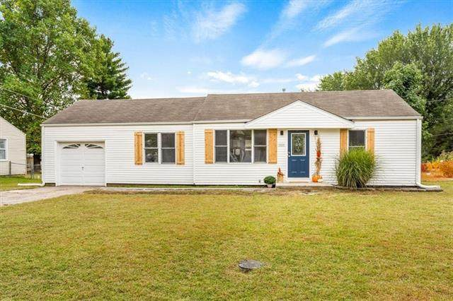 7229 Hasbrook Avenue, Kansas City, KS 66111 (#2345404) :: Five-Star Homes
