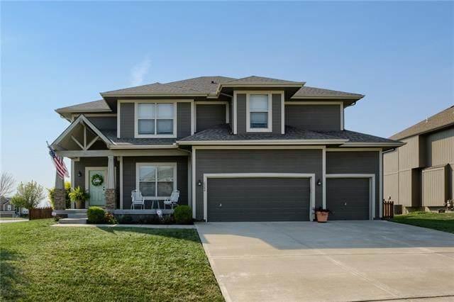 2244 SW Hawk View Road, Lee's Summit, MO 64082 (#2345445) :: Dani Beyer Real Estate