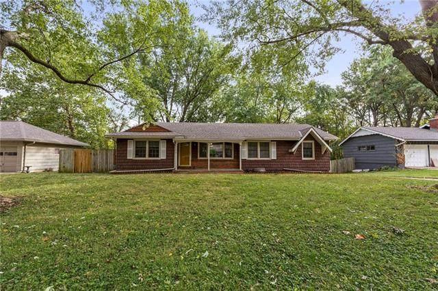 8101 E 100th Terrace, Kansas City, MO 64134 (#2345556) :: Audra Heller and Associates