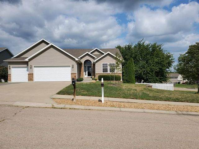 1223 Cherry Street, Warrensburg, MO 64093 (#2345559) :: Tradition Home Group | Compass Realty Group