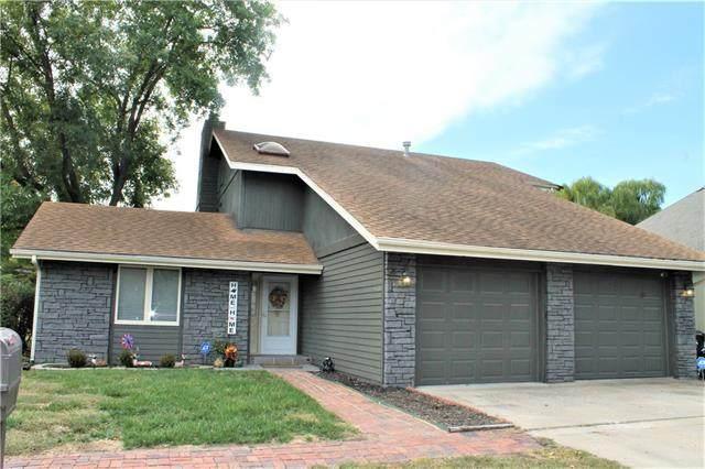 3713 SW Brook Lawn Terrace, Topeka, KS 66610 (#2345567) :: Team Real Estate