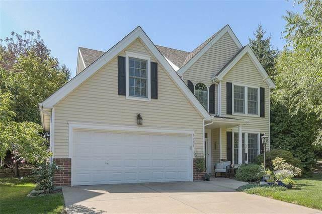 13221 W 126th Place, Overland Park, KS 66213 (#2345626) :: Ron Henderson & Associates