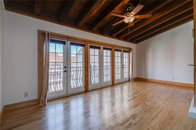 1111 W 46th Street #21, Kansas City, MO 64112 (#2345638) :: Tradition Home Group | Compass Realty Group