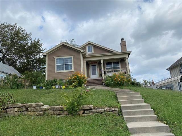 1308 Barnett Avenue, Kansas City, KS 66102 (#2345640) :: Austin Home Team