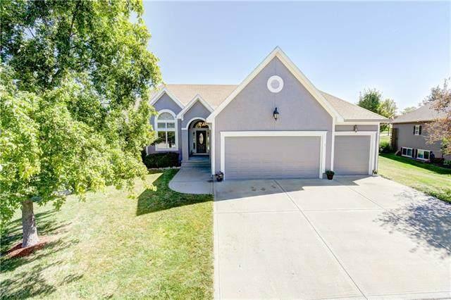 1718 Cambridge Circle, Kearney, MO 64060 (#2345651) :: Ron Henderson & Associates