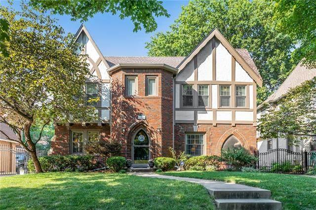 1008 W 70th Terrace, Kansas City, MO 64113 (#2345659) :: Austin Home Team