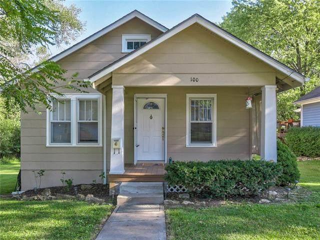 100 E Myrtle Street, Pleasant Hill, MO 64080 (#2345681) :: Austin Home Team